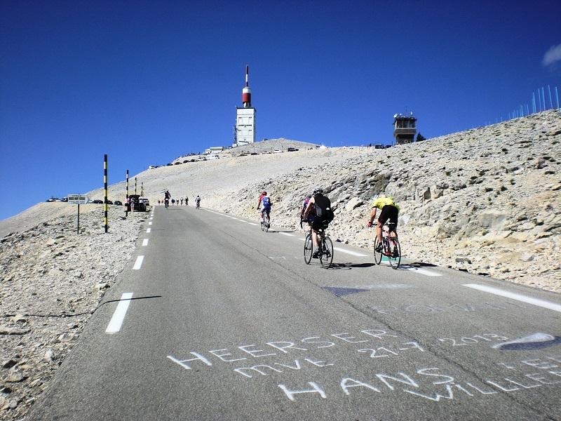Le Mont Ventoux à vélo
